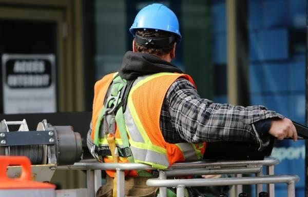 На что влияет минимальная заработная плата
